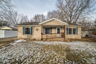 Clear Lake IA Single Family Home For Sale: $150,000