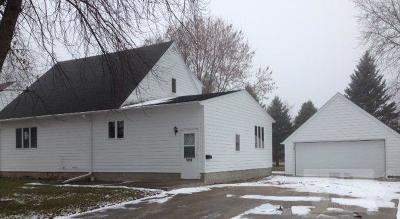 Garner Single Family Home For Sale: 1050 Front Street