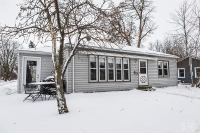 Clear Lake IA Single Family Home For Sale: $96,300