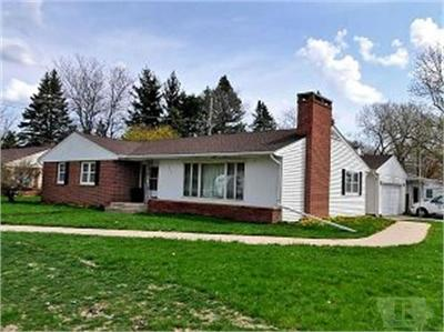 Mason City Single Family Home For Sale: 396 Willowbrook Drive