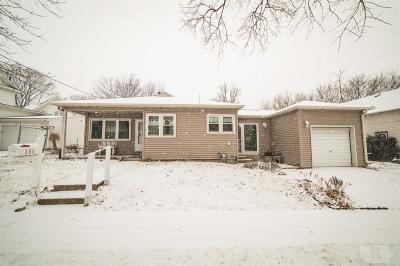 Clear Lake IA Single Family Home For Sale: $105,000