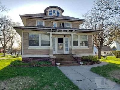 Forest City Single Family Home For Sale: 406 N Clark St