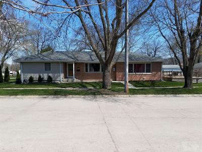 Mason City Single Family Home For Sale: 1451 N Adams Avenue