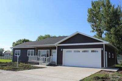 Garner Single Family Home For Sale: 740 Pebblestone Lane