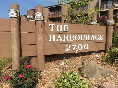Clear Lake Condo/Townhouse For Sale: 2700 N Shore Drive #F28 A
