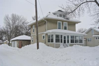 Mason City Single Family Home For Sale: 1520 N Adams Avenue