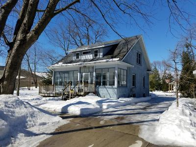 Clear Lake IA Single Family Home For Sale: $162,000