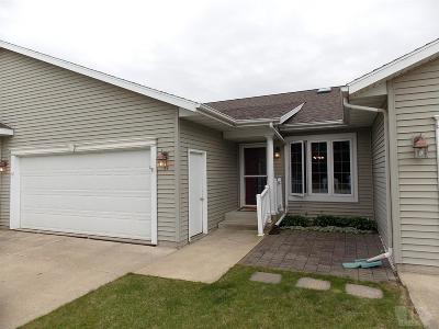 Clear Lake Condo/Townhouse For Sale: 1310 Village Road #A2