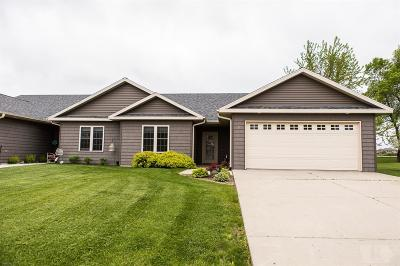 Clear Lake Condo/Townhouse For Sale: 5 Wedgewood Court