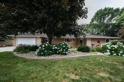 Mason City Single Family Home For Sale: 296 Willowbrook Drive