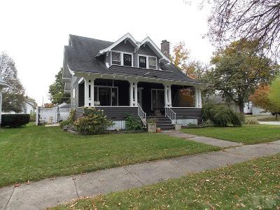 Mason City Single Family Home For Sale: 503 4th Street SE