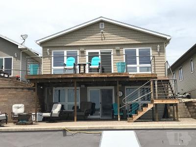 Clear Lake Single Family Home For Sale: 2111 N Shore Drive