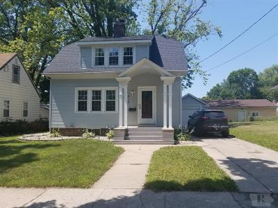 Mason City Single Family Home For Sale: 912 N Jackson