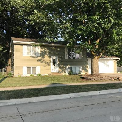 Clear Lake Single Family Home For Sale: 1200 N 5th Street
