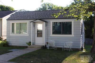 Clear Lake Single Family Home For Sale: 15360 Oakwood Avenue