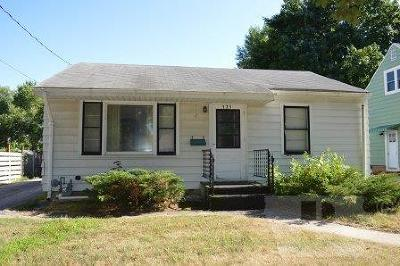 Mason City Single Family Home For Sale: 525 18th Street SE