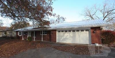 Jefferson County Single Family Home For Sale: 1105 East Jefferson