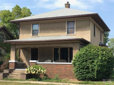 Fairfield Single Family Home For Sale: 102 South 2nd Street