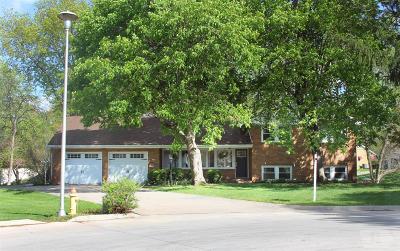 Wapello County Single Family Home For Sale: 136 Deppe Lane