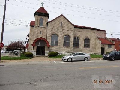 Wapello County Commercial For Sale: 301 W Second