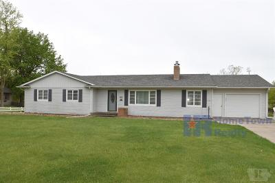 Centerville IA Single Family Home For Sale: $139,500
