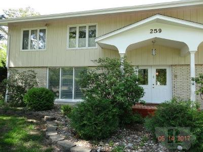 Wapello County Single Family Home For Sale: 259 East Golf