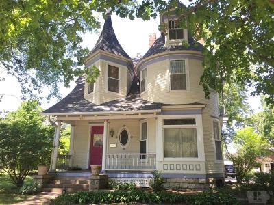 Jefferson County Single Family Home For Sale: 405 East Burlington Avenue