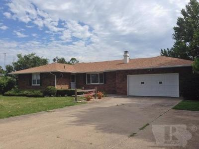Wapello County Single Family Home For Sale: 13517 Angle Road