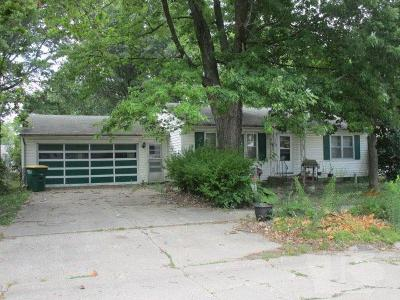 Single Family Home Sold: 307 Iowa Avenue