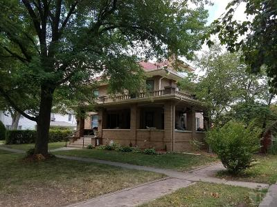 Mount Pleasant Single Family Home For Sale: 403 West Monroe