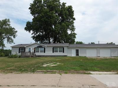 Moulton IA Single Family Home For Sale: $69,900