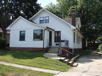 Mount Pleasant Single Family Home For Sale: 602 East Clay Street