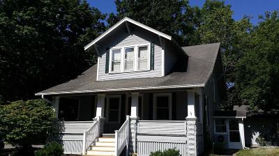 Fairfield Single Family Home For Sale: 106 South 4th Street