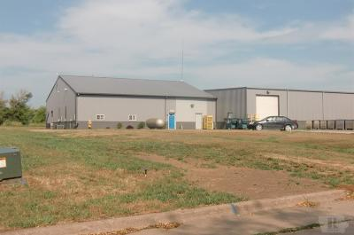 Wapello County Commercial For Sale: 3043 Pawnee Drive