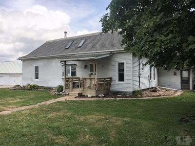Keokuk County Single Family Home For Sale: 1005 Pekin Drive