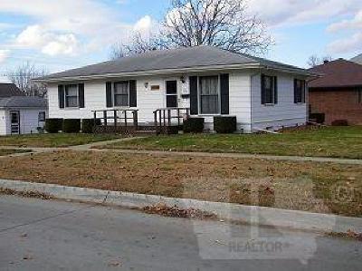 Keokuk County Single Family Home For Sale: 420 S Main Street