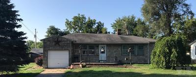 Wapello County Single Family Home For Sale: 1404 Asbury