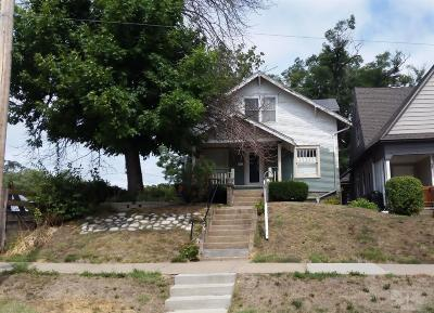 Wapello County Single Family Home For Sale: 443 East Fourth