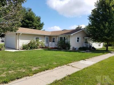 Keokuk County Single Family Home For Sale: 202 N East Street