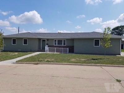 Keokuk County Single Family Home For Sale: 117 N Warren Street