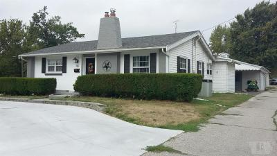 Wapello County Single Family Home For Sale: 1811 N Jefferson