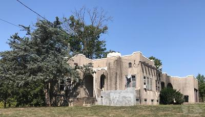 Ottumwa IA Single Family Home For Sale: $57,000