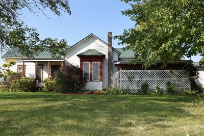 Wayne County Single Family Home For Sale: 1638 Hwy J54
