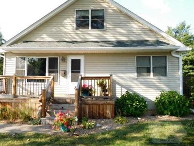 Wapello County Single Family Home For Sale: 909 W Williams