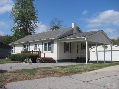 Wapello County Single Family Home For Sale: 1215 West Finley