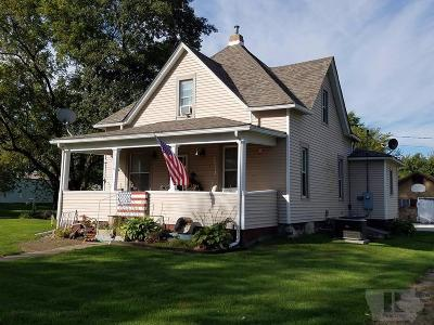 Keokuk County Single Family Home For Sale: 409 N Center Street