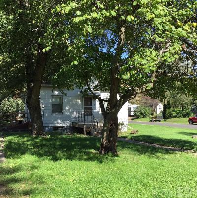 Monroe County Single Family Home For Sale: 601 Benton Avenue W