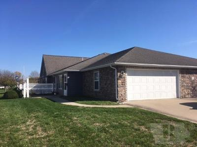 Fairfield IA Condo/Townhouse For Sale: $144,900