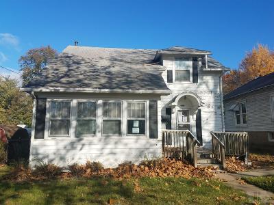 Wapello County Single Family Home For Sale: 1213 E Second Street