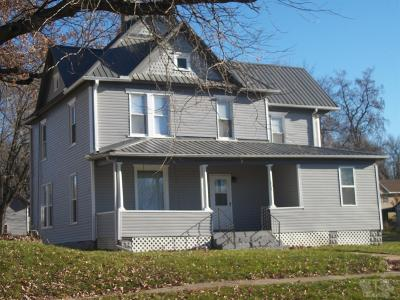 Wapello County Single Family Home For Sale: 801 W Walnut
